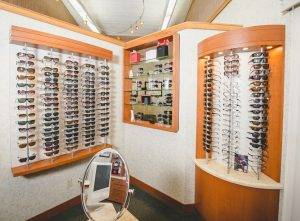 Ventura, CA and Eyeglasses, Meet Family Optometric Group